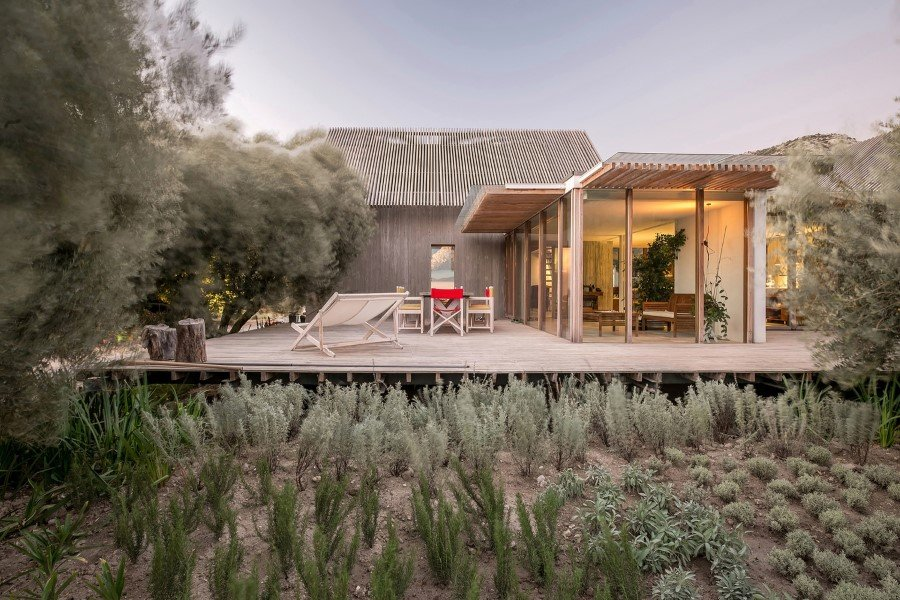 Teke House Architecture Integrates Active and Passive Sustainable Solutions (1)