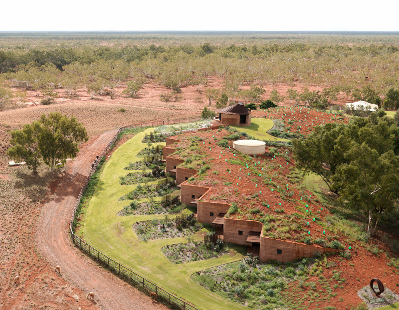 Twelve Earth Covered Residences by Luigi Rosselli Architects (6)