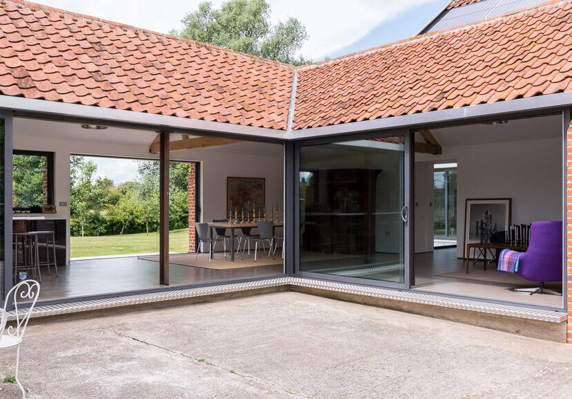 Contemporary barn conversion - Abbey Hall in the Picturesque Town of Eye (12)