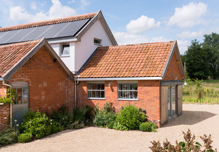 Contemporary barn conversion - Abbey Hall in the Picturesque Town of Eye (17)