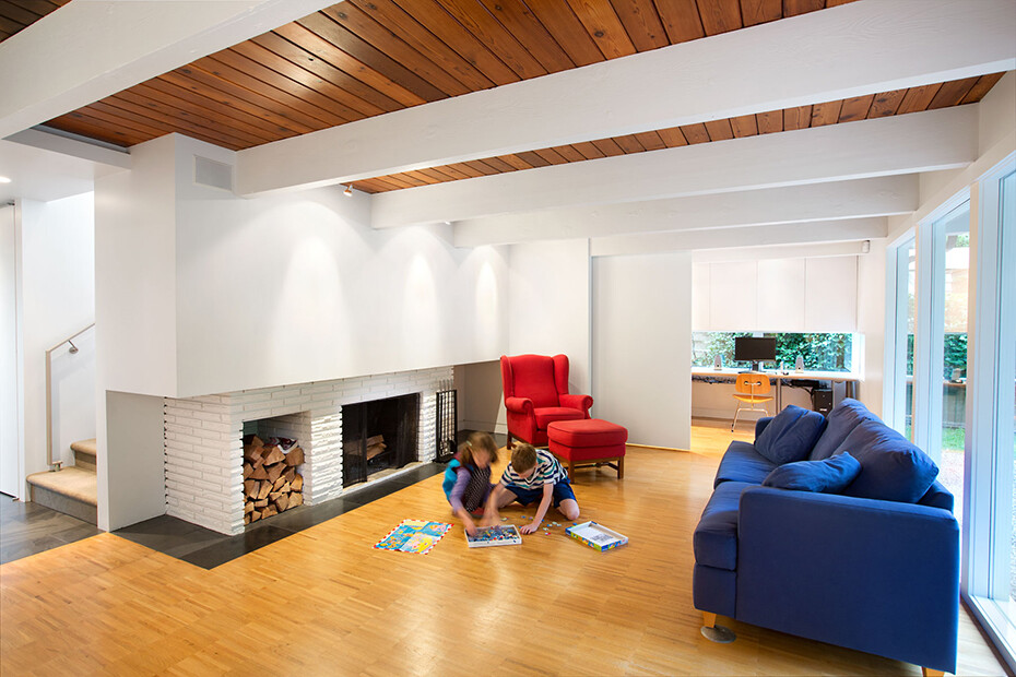 Glenview House - Renovation of a Mid 50′s House (10)