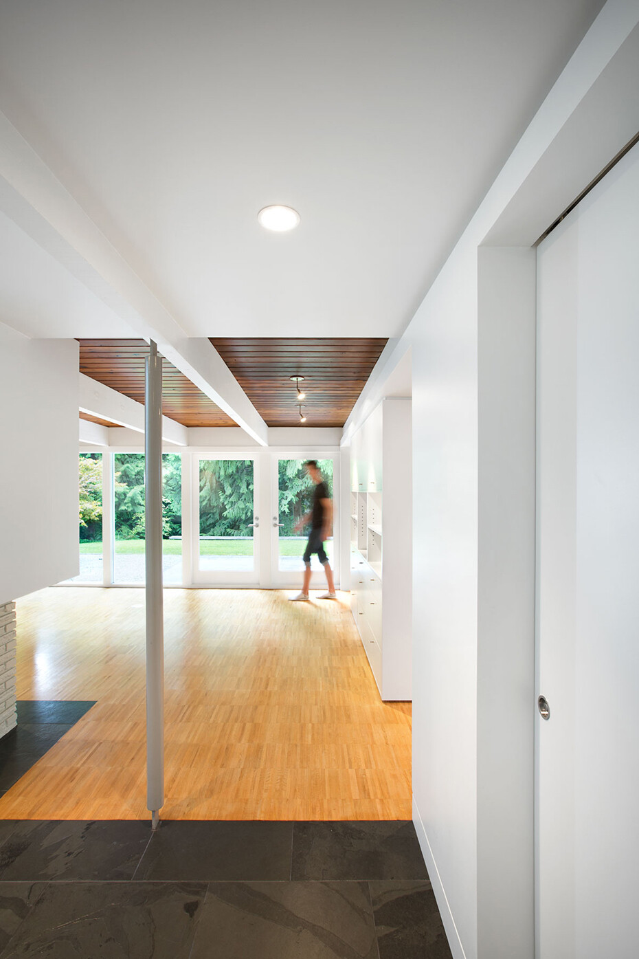 Glenview House - Renovation of a Mid 50′s House (6)