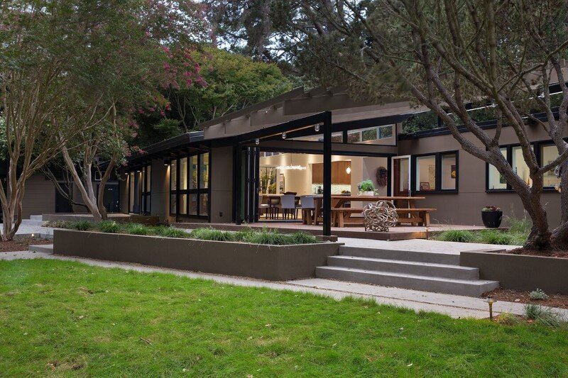 Mid-Century Modern House Remodeled for a Family of Five (4)