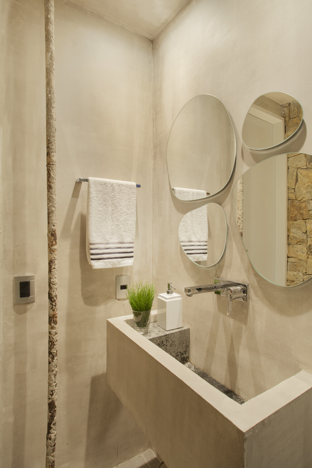 New York Style Apartment in Ipanema Automated and Controlled Via Ipad (8)
