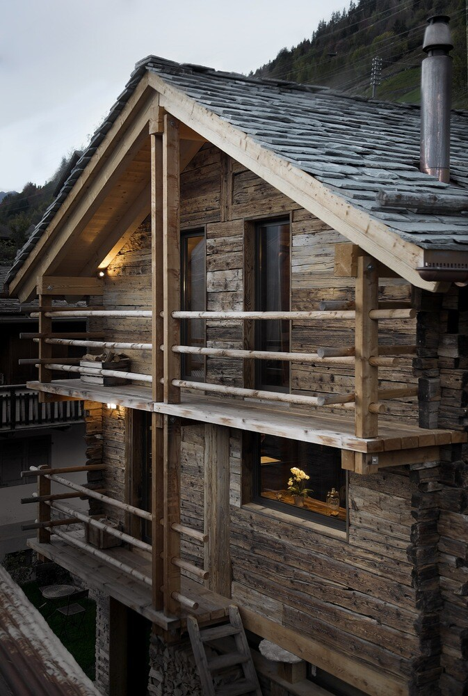Old Barn Transformed into a Small Cottage for a Young Family (9)