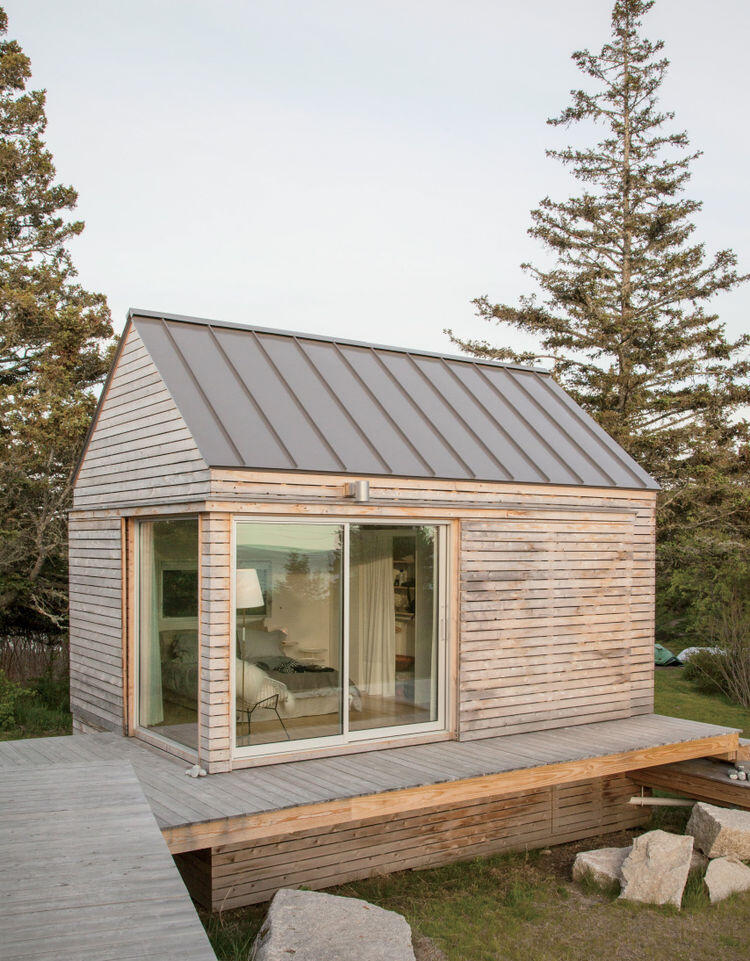 Summer Retreat in Maine - Three Identical Cabins Connected by a Deck (14)
