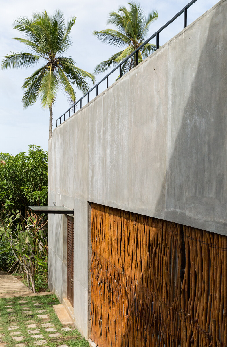 This Sri Lankan Beach Villa is Serene, Relaxed and Intimate (12)
