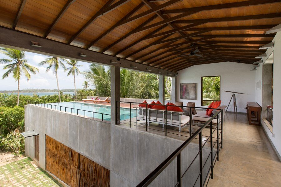 This Sri Lankan Beach Villa is Serene, Relaxed and Intimate (3)