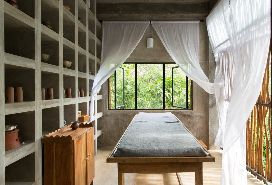 This Sri Lankan Beach Villa is Serene, Relaxed and Intimate (5)