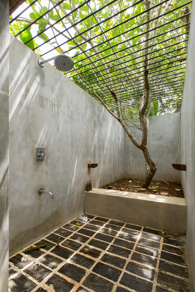 This Sri Lankan Beach Villa is Serene, Relaxed and Intimate (7)