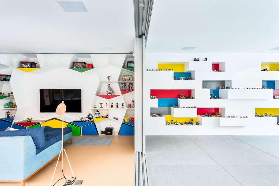 Toy House Was Conceived as a Huge Playground for a Growing Family (18)