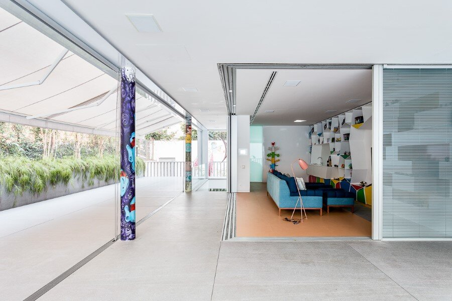 Toy House Was Conceived as a Huge Playground for a Growing Family (20)