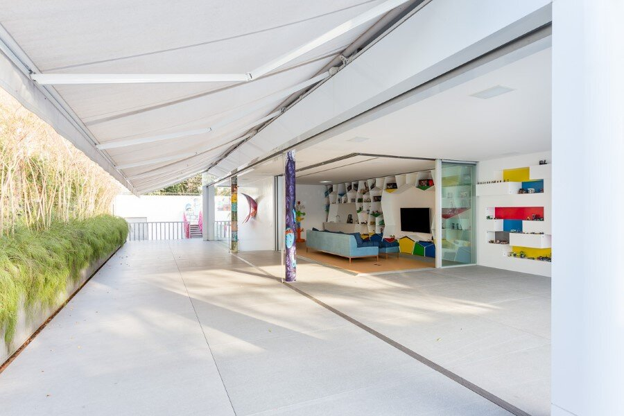 Toy House Was Conceived as a Huge Playground for a Growing Family (3)