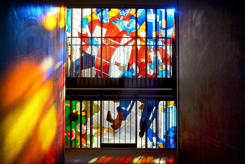 Two Stained Glass Facades Decorate a New Residential Project in Amsterdam (15)