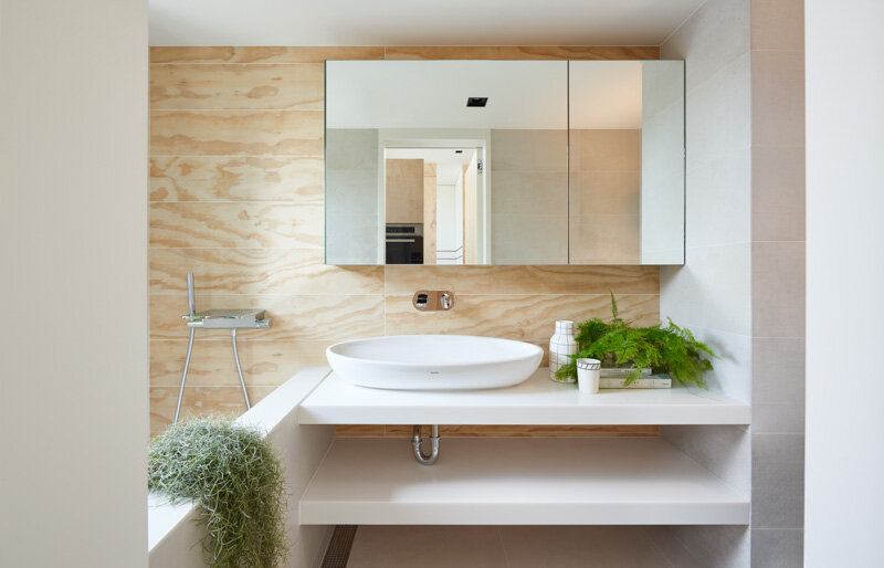 33 Square Meters Compact House with Innovative Vertical Architecture and Natural Decor (2)