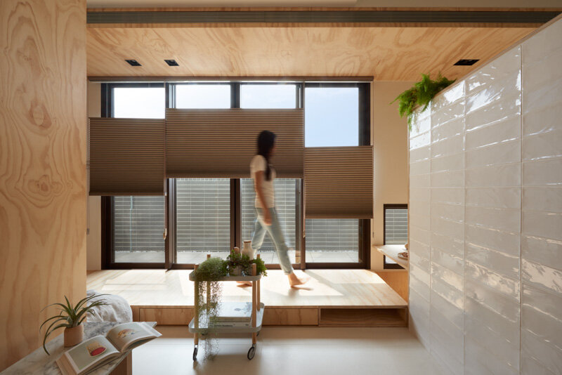 33 Square Meters Compact House with Innovative Vertical Architecture and Natural Decor (7)