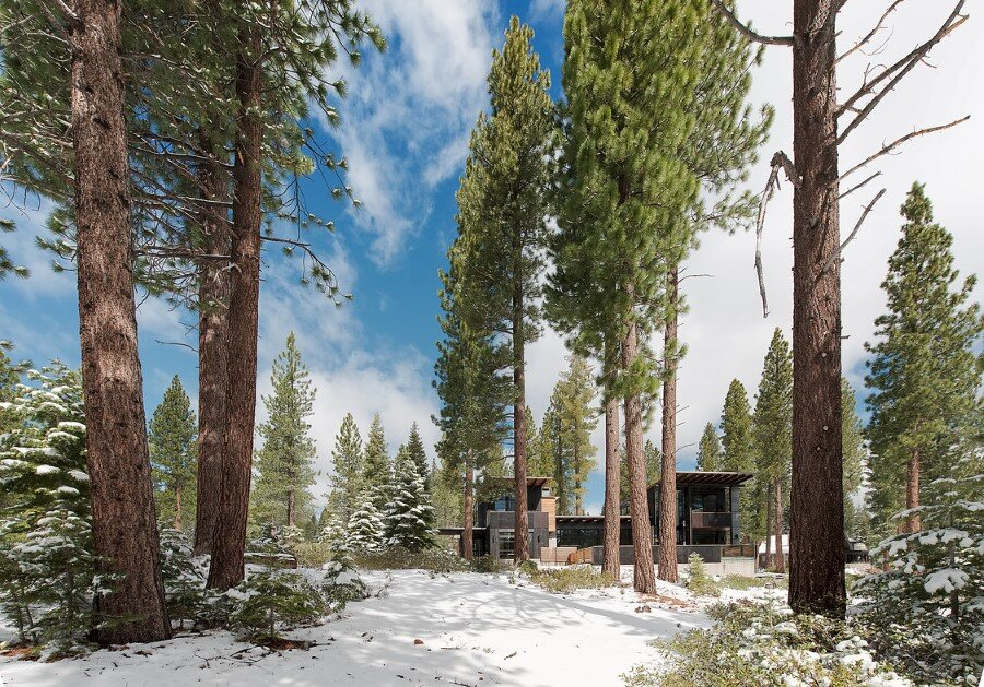 Martis Camp House in Northstar California by Faulkner Architects (1)
