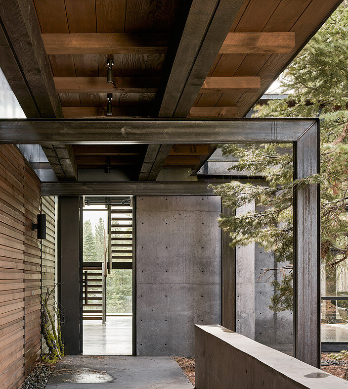 Martis Camp House in Northstar California by Faulkner Architects (10)