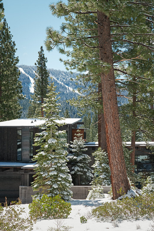 Martis Camp House in Northstar California by Faulkner Architects (6)
