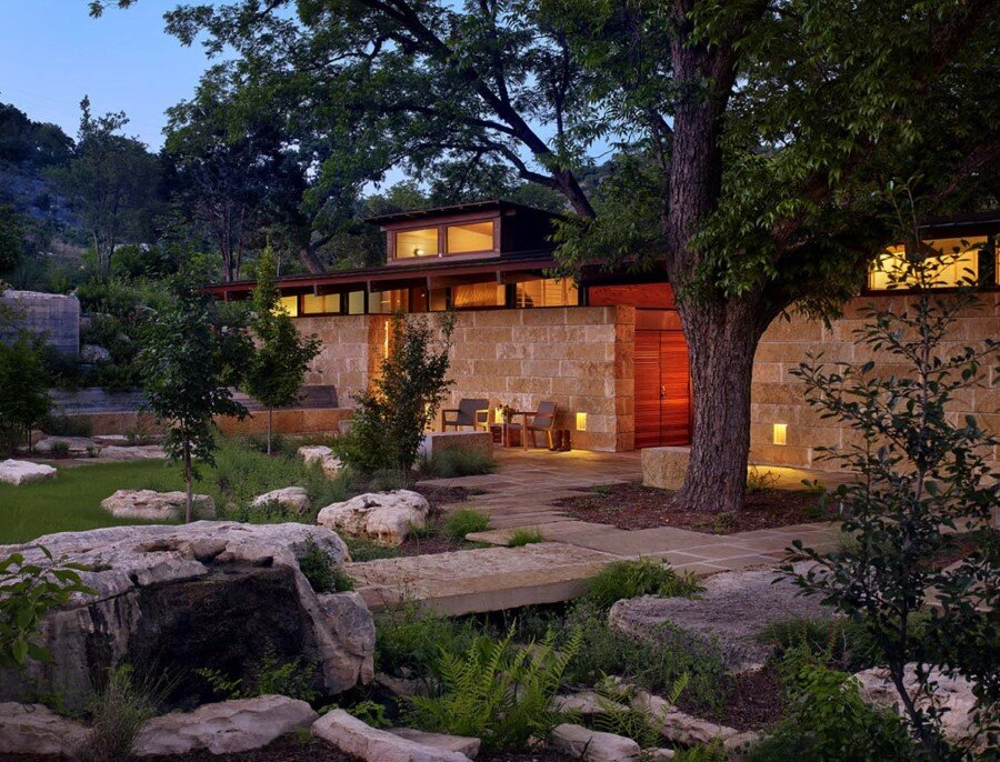 Mill Springs Ranch provides a water's edge retreat (7)