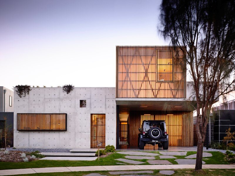 Torquay house captivating combination of concrete and warm wood (1)