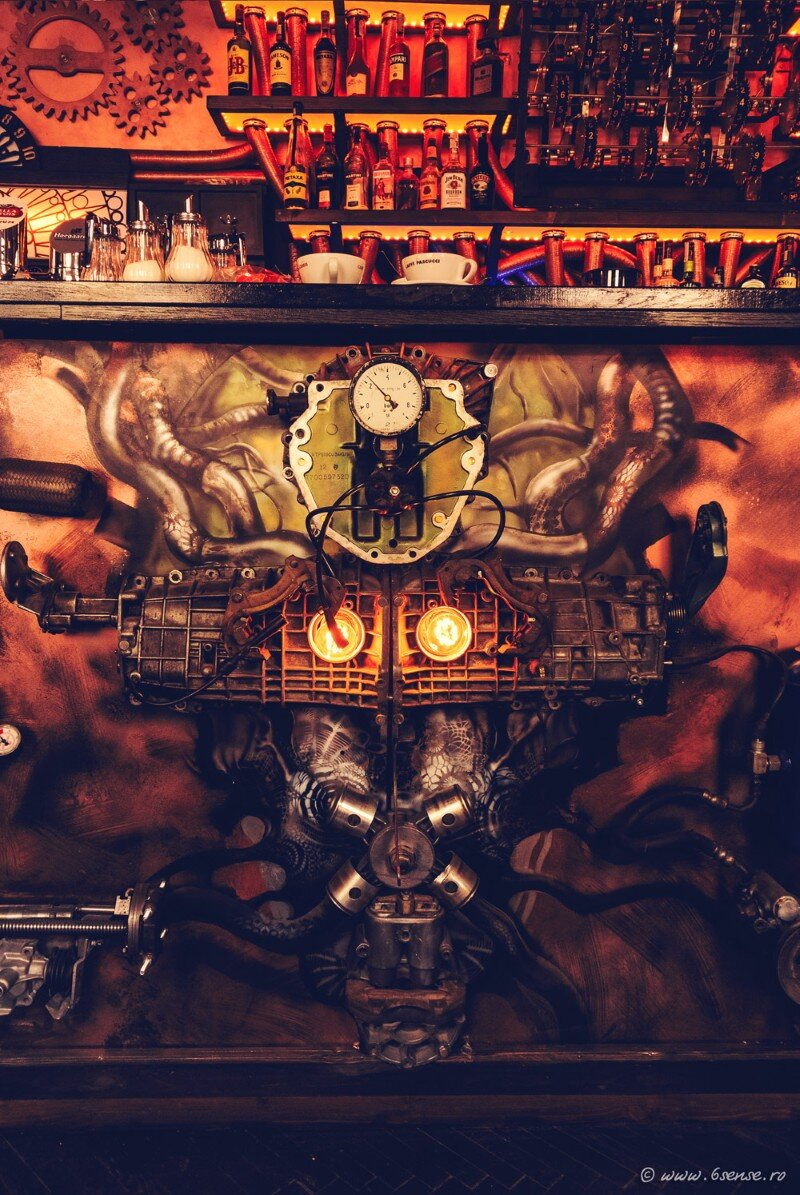 Enigma Cafe Incredible Kinetic Steampunk-Themed Bar (19)
