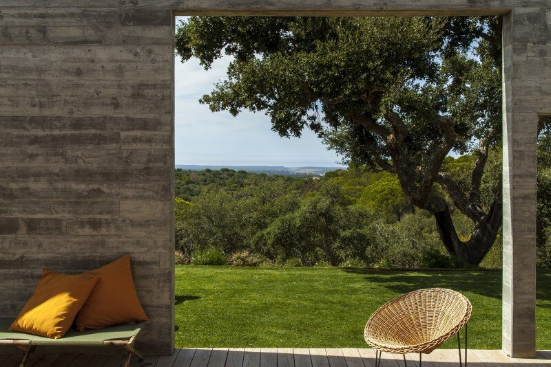 Traditional Portuguese Architecture Combined with a Contemporary Style Melides House (6)