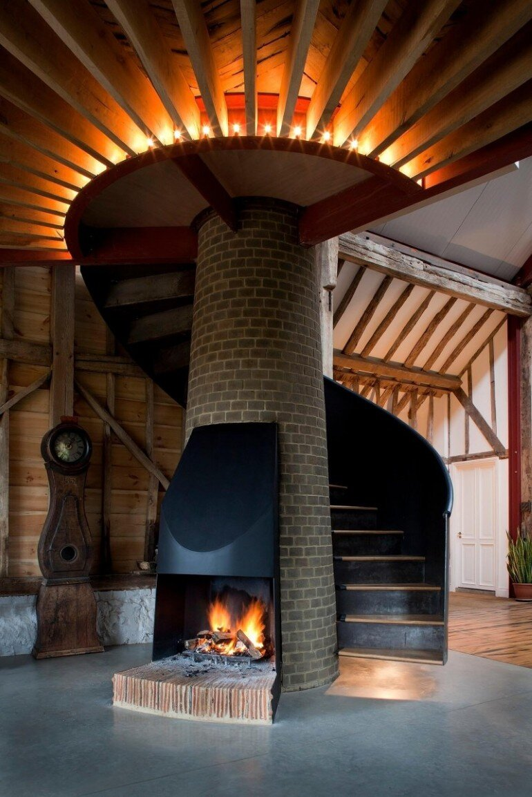 Ancient Party Barn - a Playful Re-working of Historic Agricultural Buildings (12)