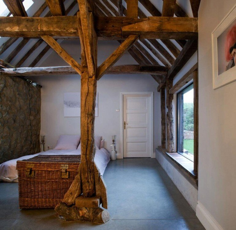 Ancient Party Barn - a Playful Re-working of Historic Agricultural Buildings (6)