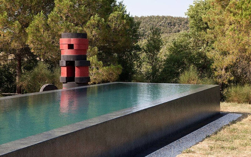 Art Hangar Modern Loft Built in the Middle of Tuscan Countryside (11)