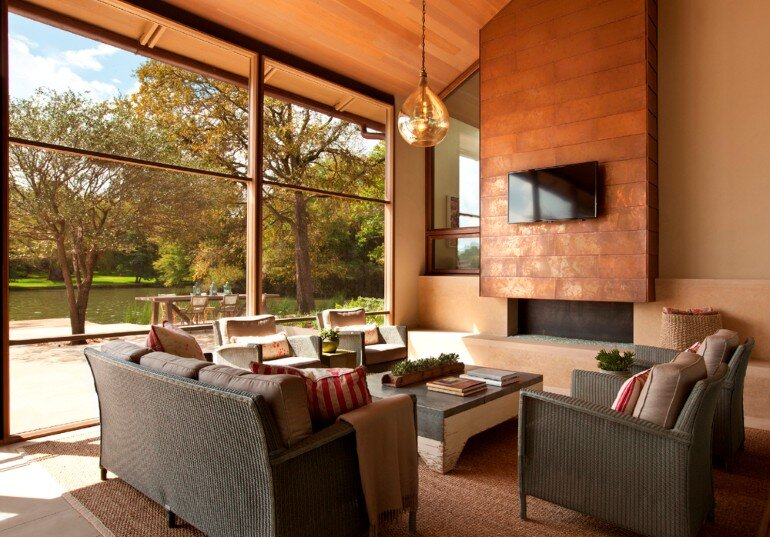 Cove House - Remodeling of a 1980s House in Austin (14)