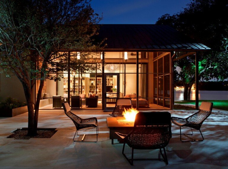Cove House - Remodeling of a 1980s House in Austin (2)