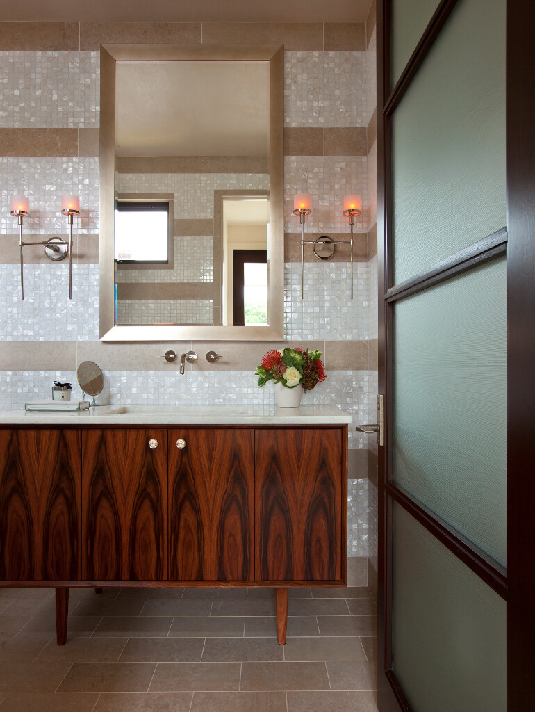 Cove House - Remodeling of a 1980s House in Austin (8)