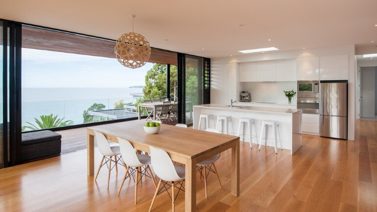 Family Coastal Home with Clean Modern Lines (5)