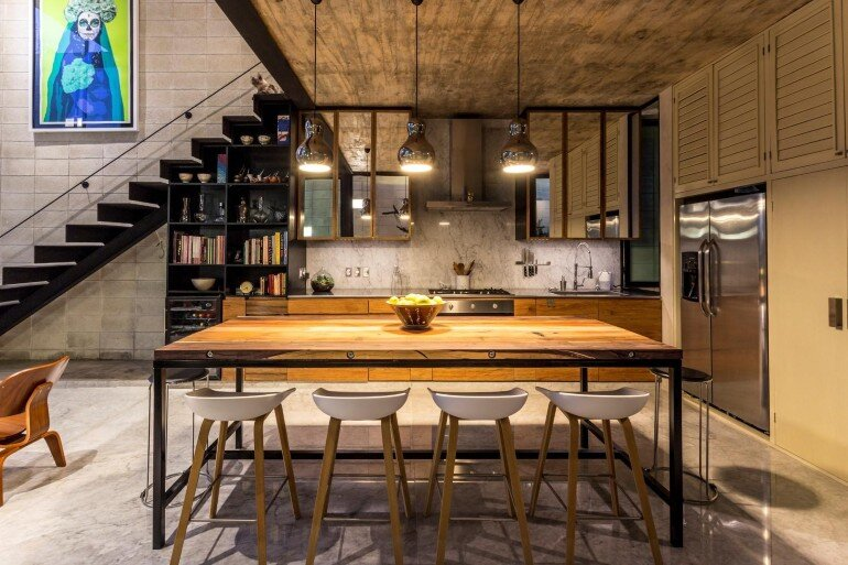 Raw House - Maximizing Vertical Space and Light on a Narrow Lot (19)
