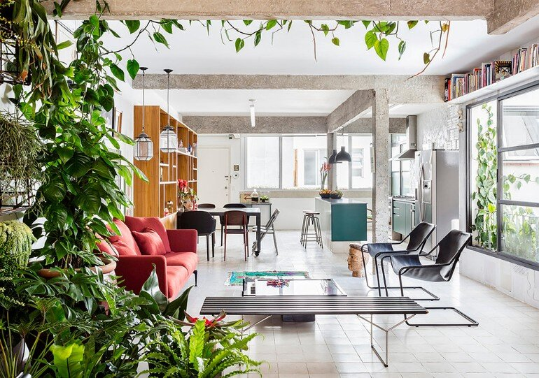 Stylish Brazilian Flat Displaying an Inspiring Eclectic Design (1)