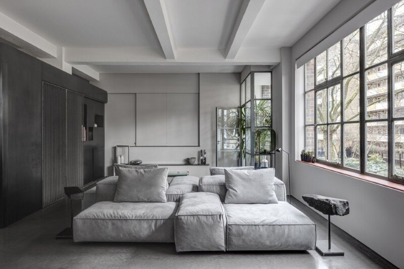 Theatrical Apartment - Industrial London Warehouse Conversion (7)