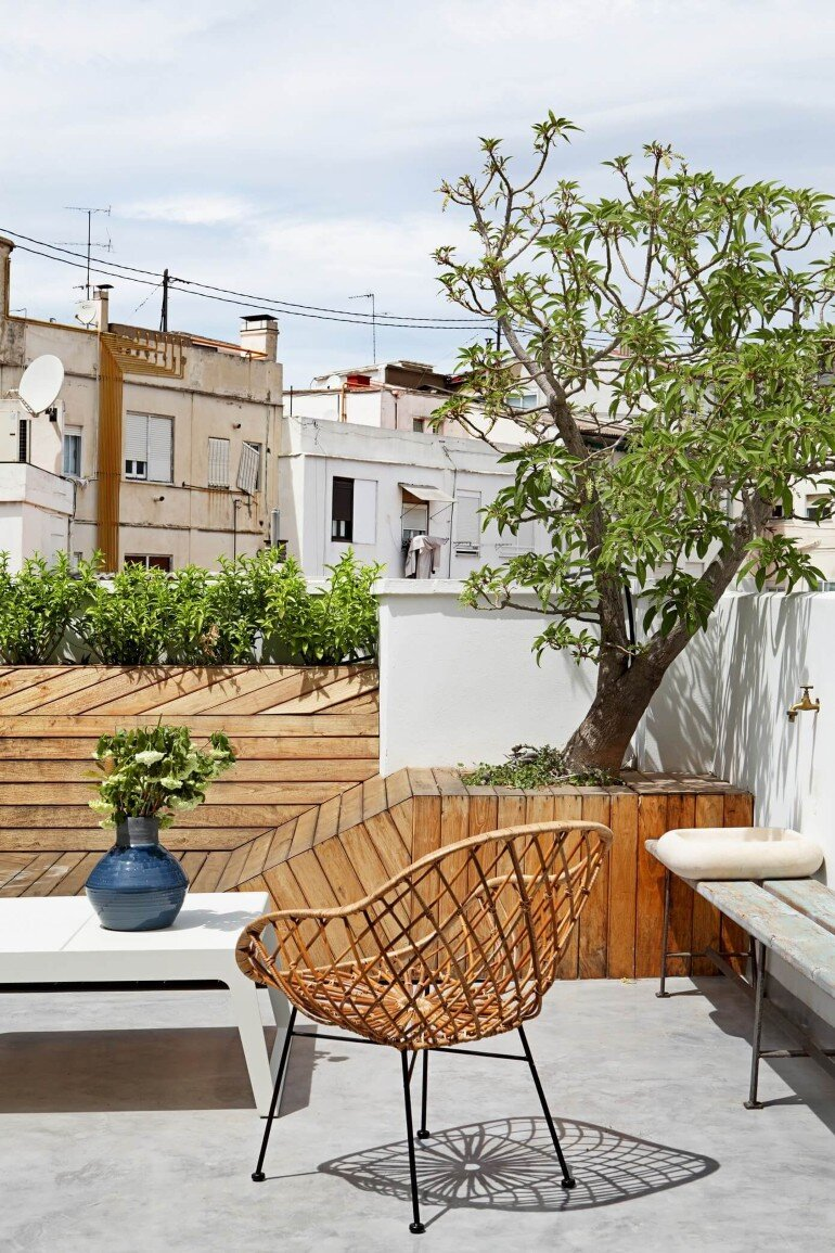 Valencia Penthouse Naturalness, Neutrality and Brightness (5)