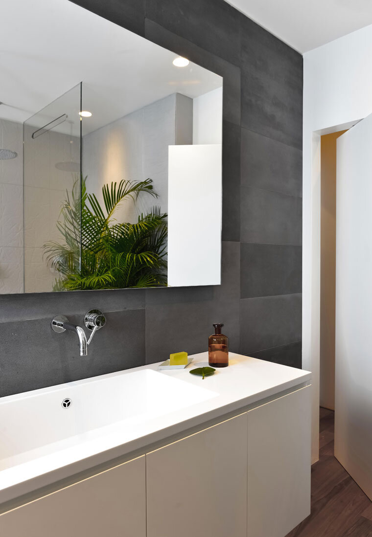 Brazilian Taste - Office Turned into a Fresh and Elegant Living Space (7)