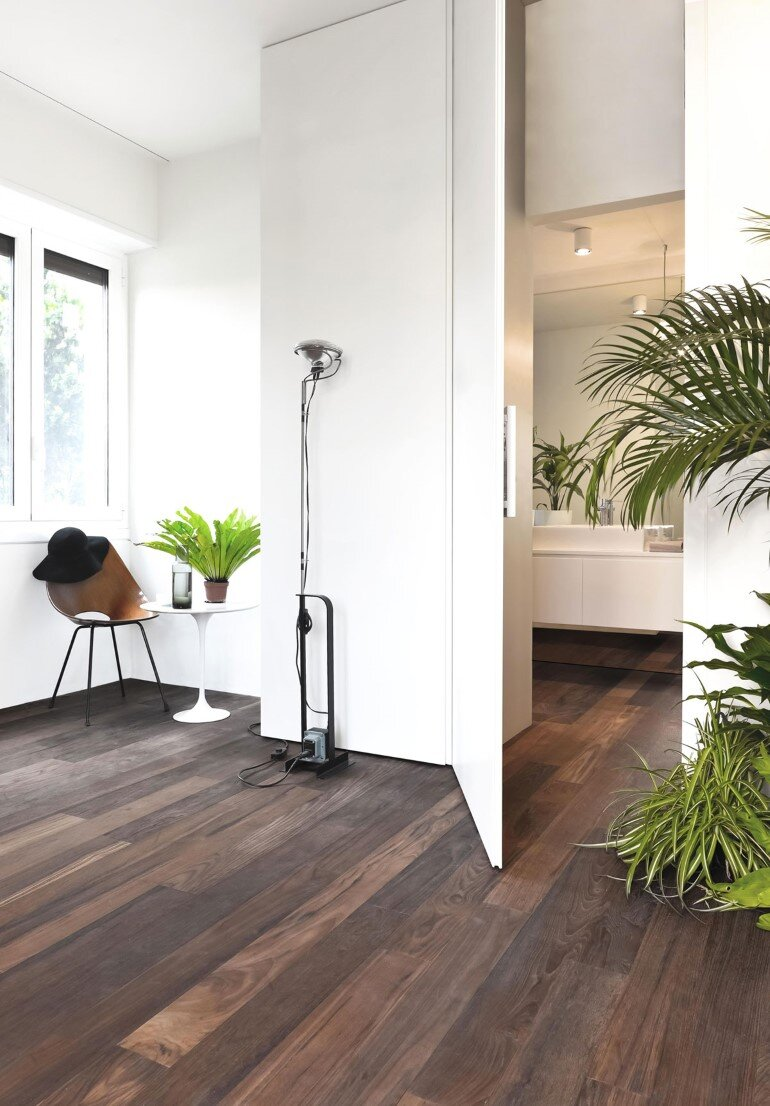 Brazilian Taste - Office Turned into a Fresh and Elegant Living Space (9)