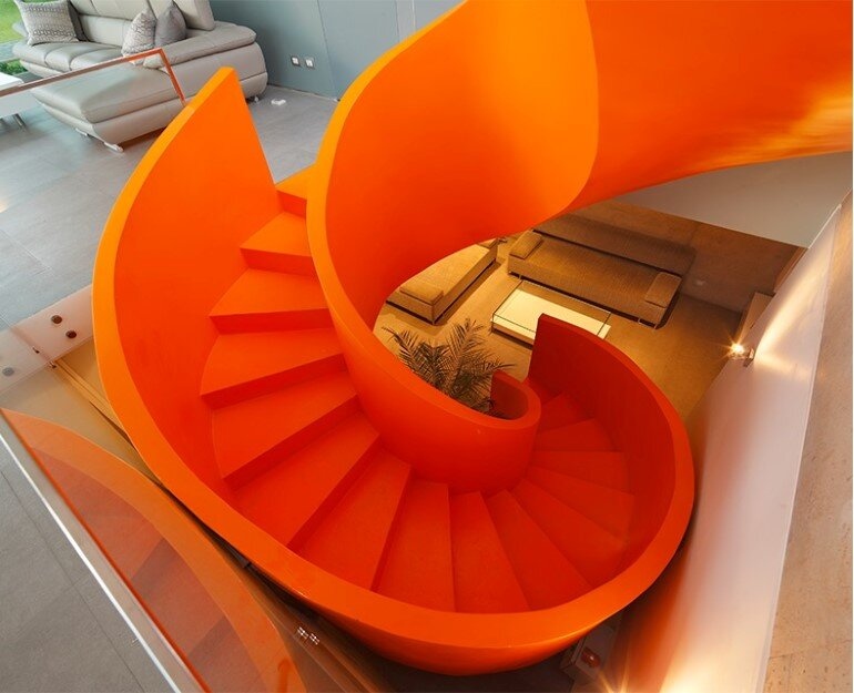 Casa Blanca Has a Striking Orange Staircase That Connects All Indoor Areas (6)