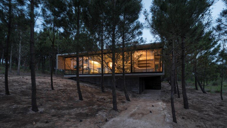 Concrete Holiday Retreat in Argentina by Luciano Kruk (2)