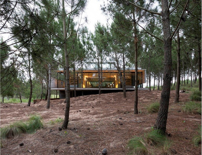 Concrete Holiday Retreat in Argentina by Luciano Kruk (23)