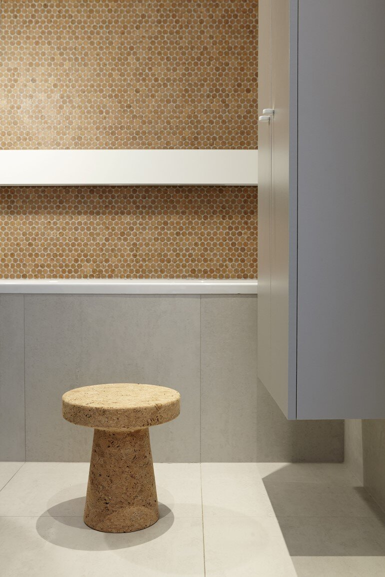 Cork Apartment Designed for a Young Man by FormaFatal (5)