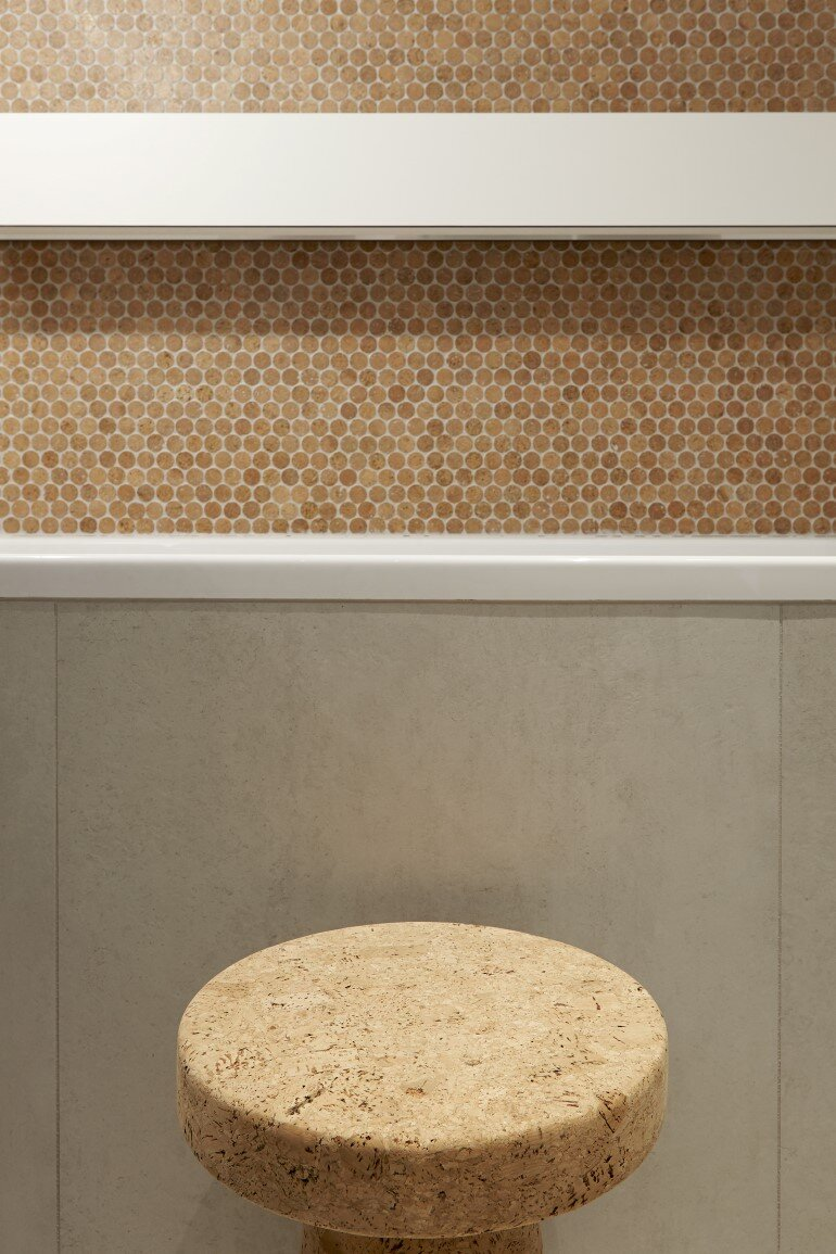 Cork Apartment Designed for a Young Man by FormaFatal (6)