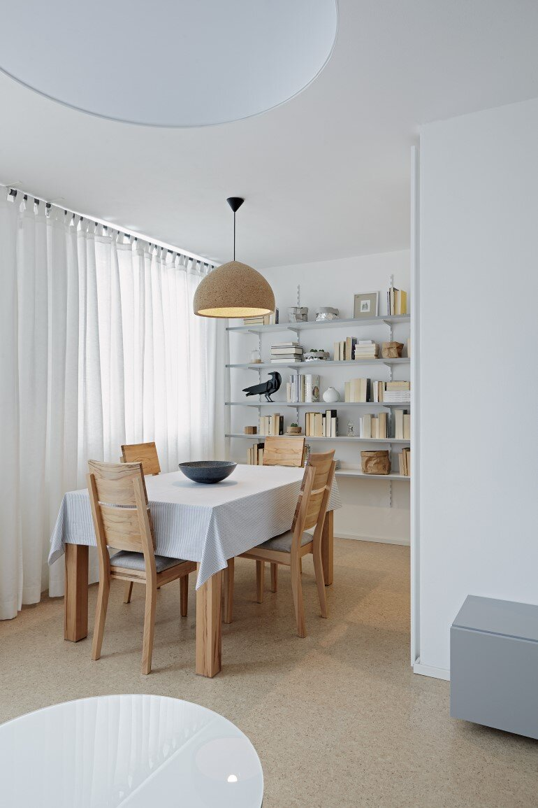 Cork Apartment Designed for a Young Man by FormaFatal (7)