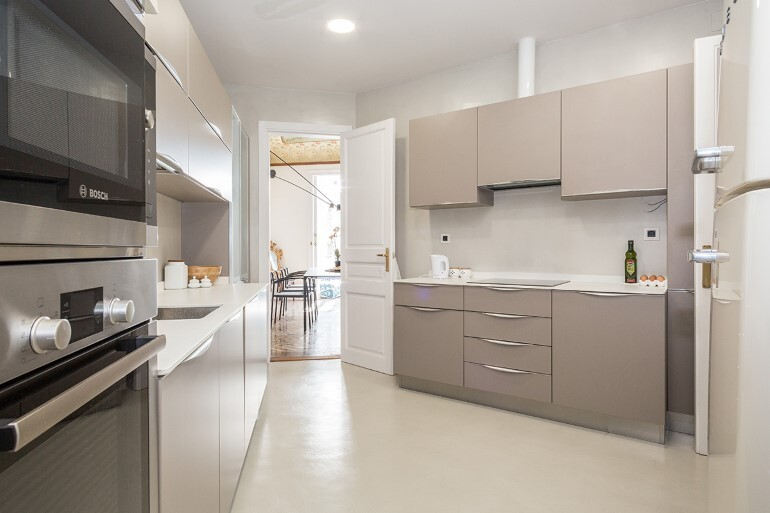 Flat in Eixample - Exotic Balance of Style (14)