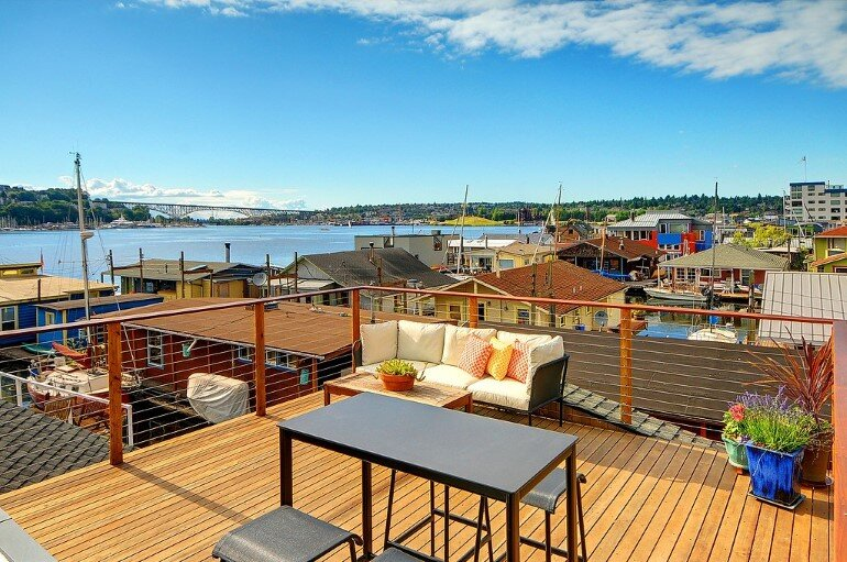 Floating Home - Seattle Houseboat with Views of Downtown (11)