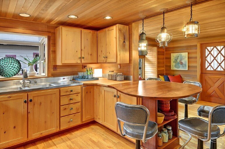 Floating Home - Seattle Houseboat with Views of Downtown (3)