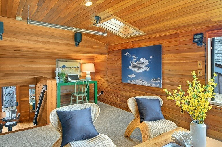 Floating Home - Seattle Houseboat with Views of Downtown (6)